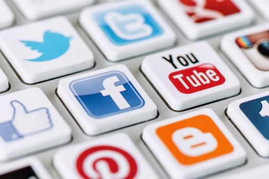social_mediat
